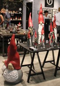 Blev lite förvånad när jag såg denna Tomte från Swedishdesigners, men det var en del jullpynt på formex.