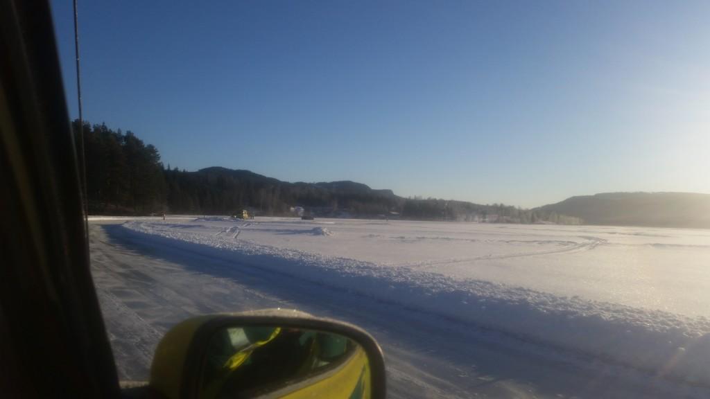 Härlig dag på isen